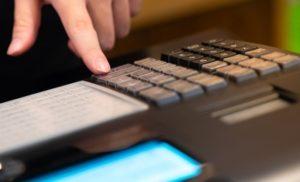 30-noiembrie-termenul-limita-de-conectare-a-aparatelor-de-marcat-electronice-fiscale-a8368-300×182